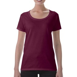 Women T-Shirt Gildan 153.09